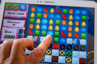 Learn to Play Candy Crush Saga Game